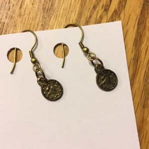 Jewelry - Small Change Earrings